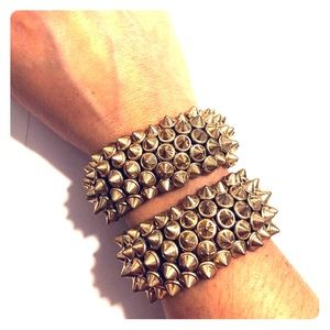 Jewelry - 2 Gold spike stretchy bracelets